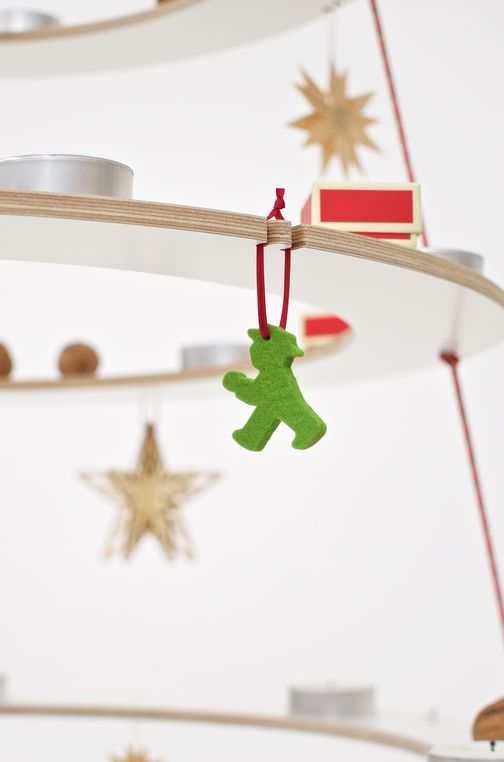 A Berlin Ampelmann made of felt as a Christmas tree decoration.